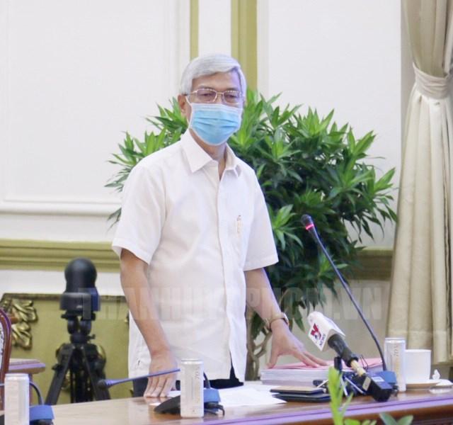 Phó Chủ tịch UBND TP Võ Văn Hoan phát biểu tại phiên họp.