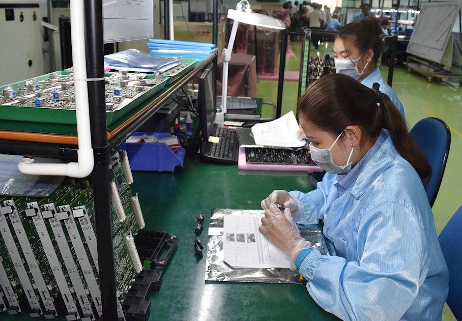 Sản xuất tại Công ty TNHH MTV Kỹ thuật và Công nghệ cao Sài Gòn