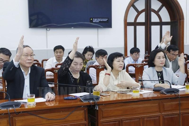 Các đại biểu biểu quyết giới thệu người ứng cử Đại biểu Quốc hội khóa XV.