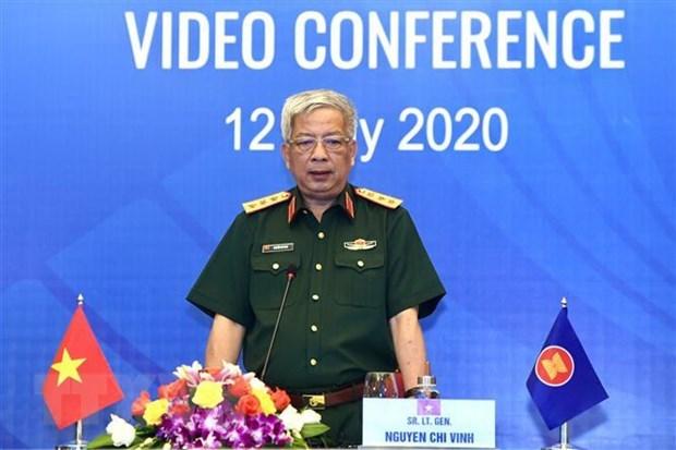 Thượng tướng Nguyễn Chí Vịnh, Thứ trưởng Bộ Quốc phòng phát biểu khai mạc. (Ảnh: TTXVN)