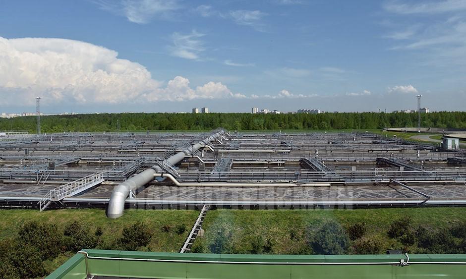 Một góc bộ phận xử lý nước của Cơ sở xử lý nước phía Tây Nam