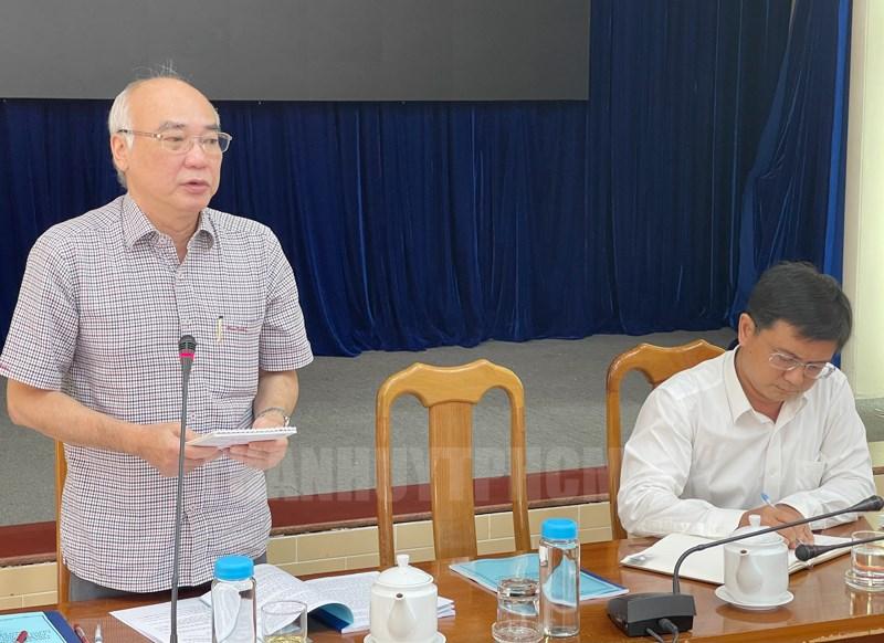 Trưởng Tiểu ban tuyên truyền Ủy ban Bầu cử TPHCM Phan Nguyễn Như Khuê phát biểu tại buổi làm việc.