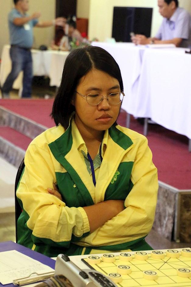 Nữ kỳ thủ TPHCM Nguyễn Hoàng Yến là ứng viên vô địch bảng nữ