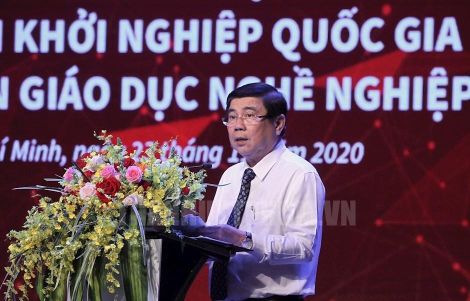 Chủ tịch UBND TP Nguyễn Thành Phong phát biểu tại ngày hội