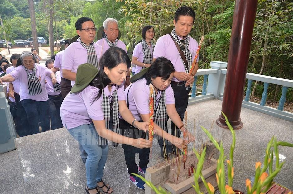 NSƯT Mỹ Uyên cũng tích cực tham gia các chuyến về nguồn cùng Ban Tuyên giáo Thành ủy TPHCM