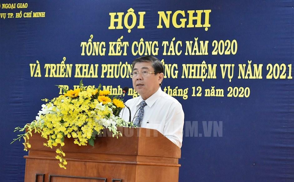 Chủ tịch UBND TP Nguyễn Thành Phong phát biểu chỉ đạo hội nghị