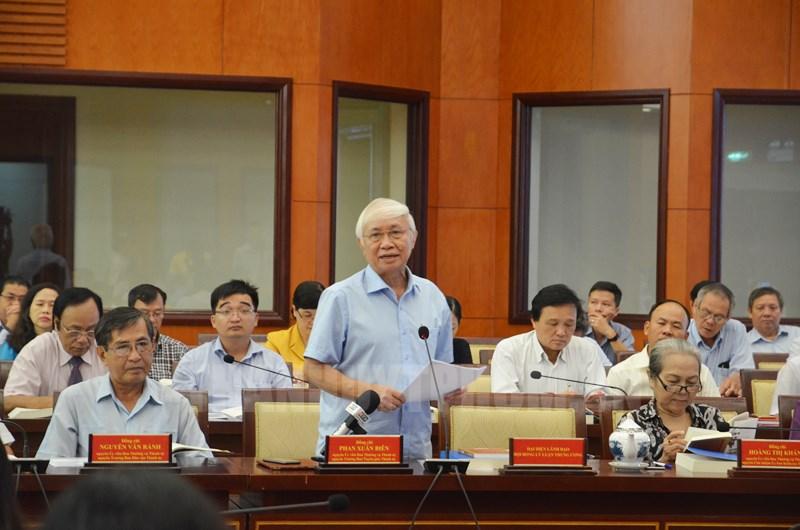 PGS-TS Phan Xuân Biên phát biểu tại Hội thảo. (Ảnh: H. Thảo)