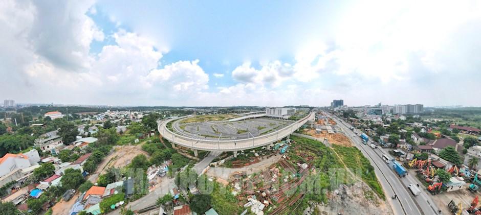 Thành phố mang tên Bác cần phải nỗ lực phát huy những thành tựu to lớn, toàn diện, trước hết phải giữ vững vị trí đầu tàu, động lực phát triển kinh tế của Vùng kinh tế trọng điểm phía Nam và của cả nước. (Ảnh: Nhật Quang)