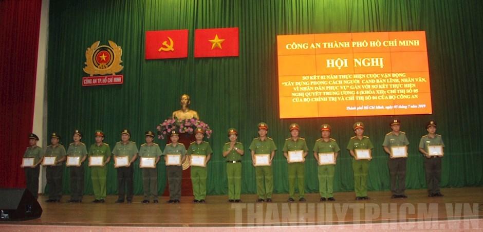 TPHCM: Xây Dựng Phong Cách Người Công An Nhân Dân Vì Dân